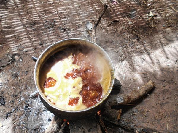<span>Elaboración de una salsa de base de cacahuete</span><i>→</i>